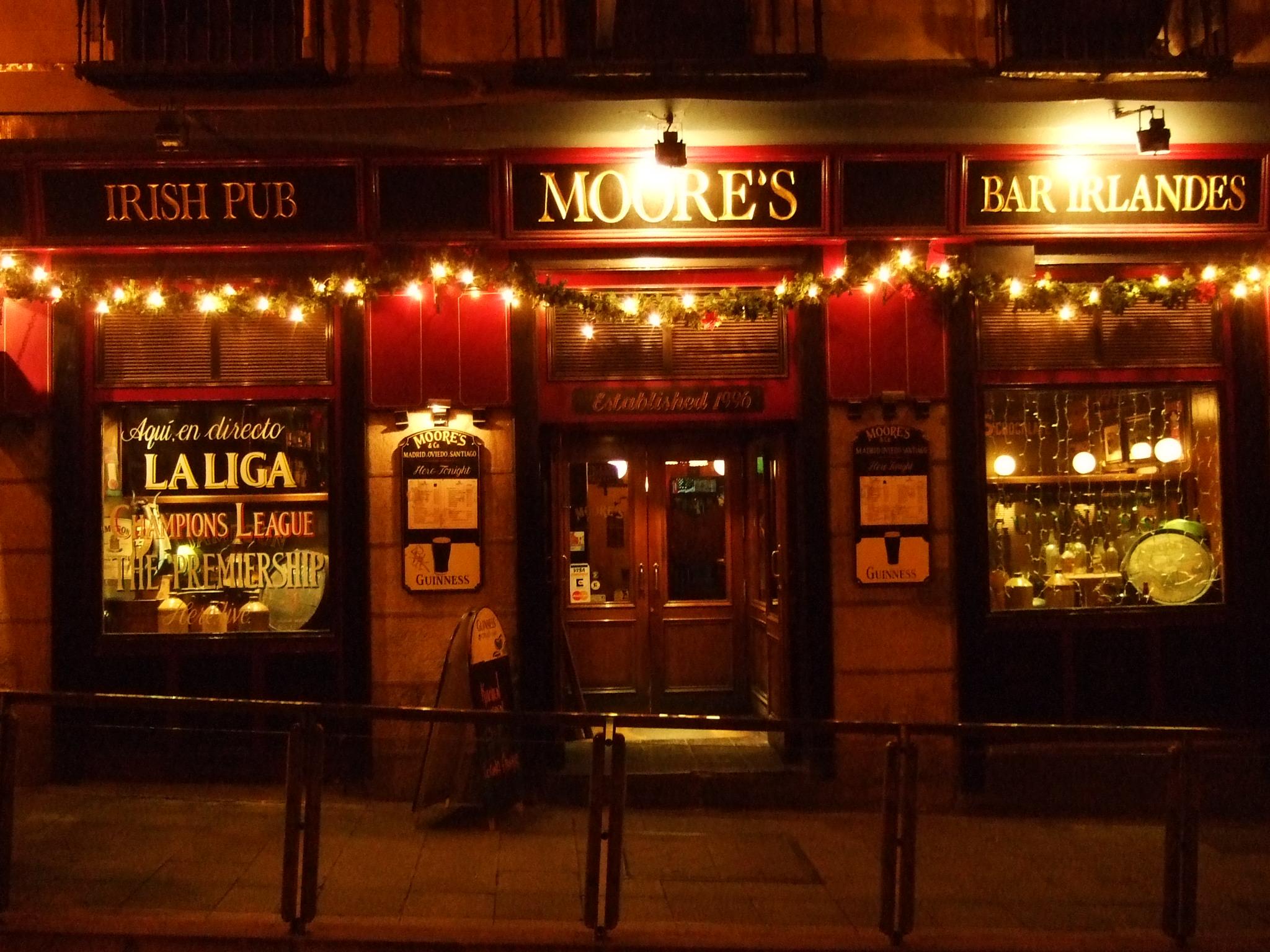 Pub irland s el alba siempre es difusa p gina 8 - Decoracion de pub ...
